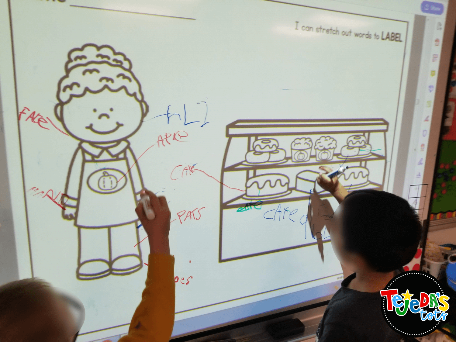 Labeling is so important in early writing and your kindergarten and first grade students will love labeling in your  writing literacy center! Read this post for 5 anchor literacy centers that will make planning for them easy! #tejedastots #literacycenters